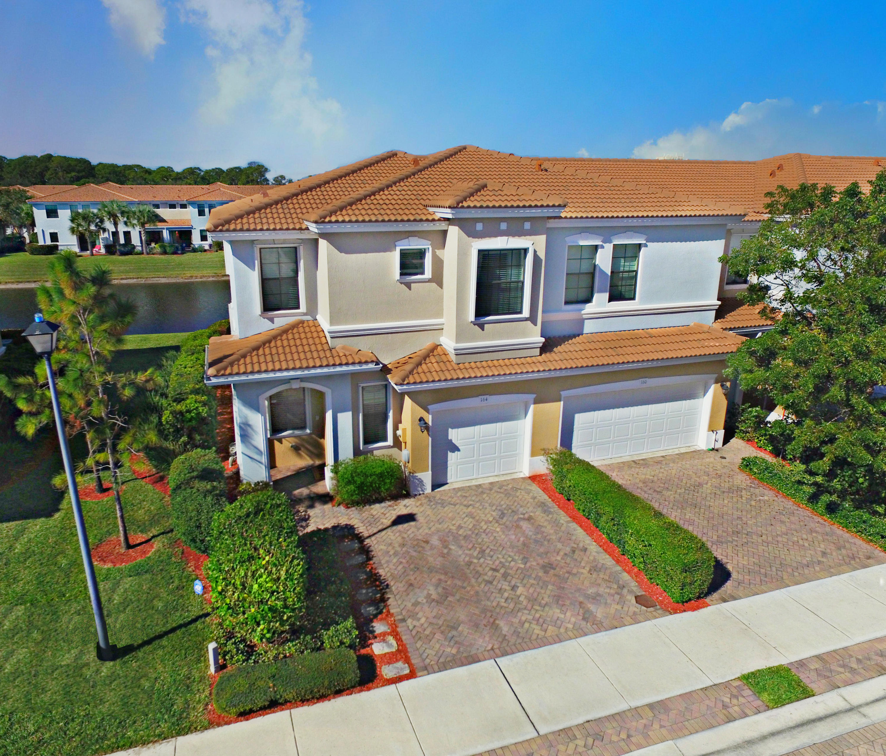 164 W Astor Circle  Delray Beach, FL 33484