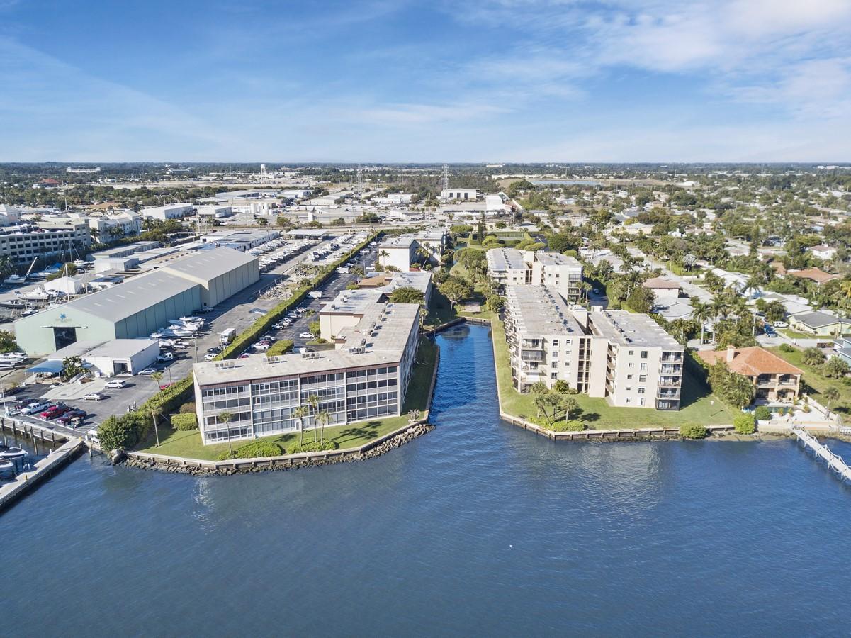 100 Waterway Drive 110 Lantana, FL 33462 photo 27