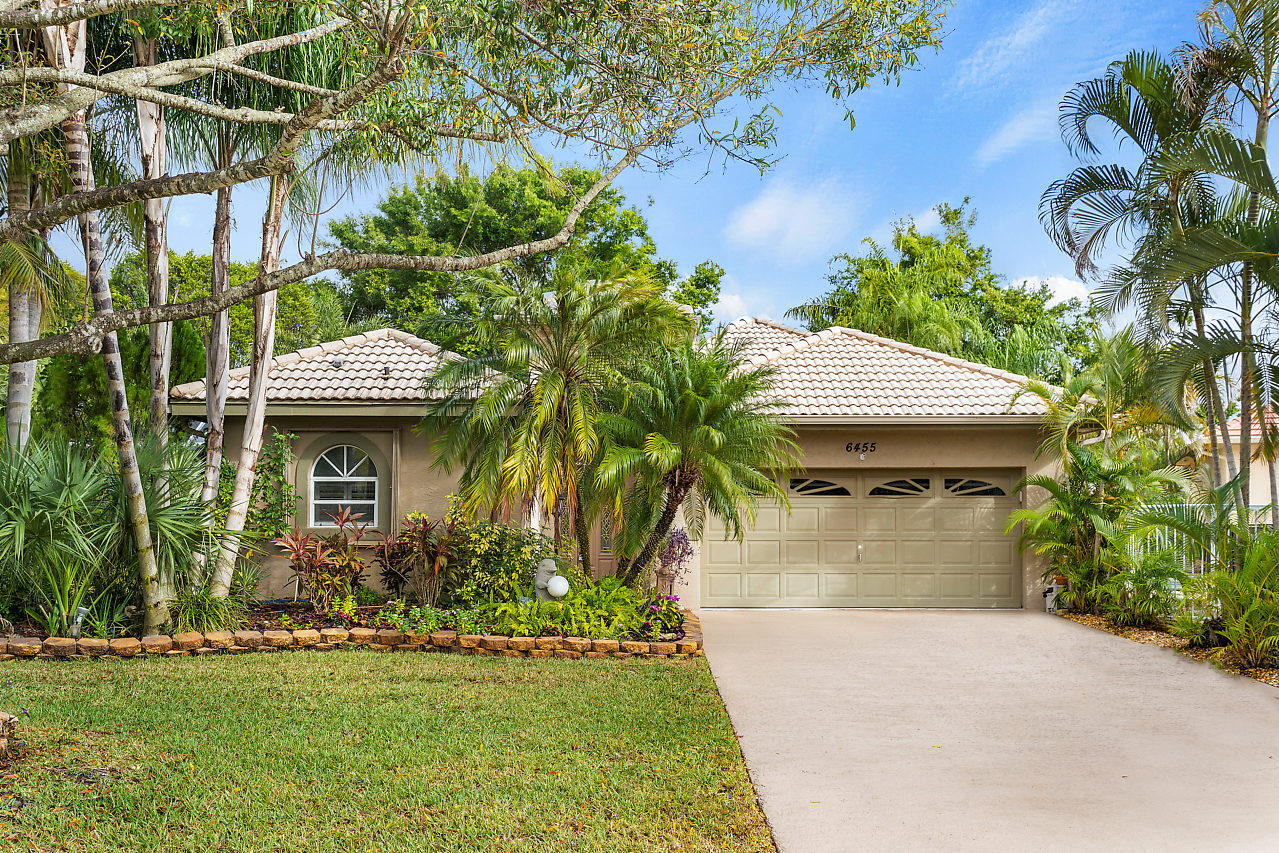 6455 Crooked Stick Court Lake Worth, FL 33463