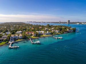 1610 N Ocean Boulevard , Palm Beach FL 33480 is listed for sale as MLS Listing RX-10501867 photo #49