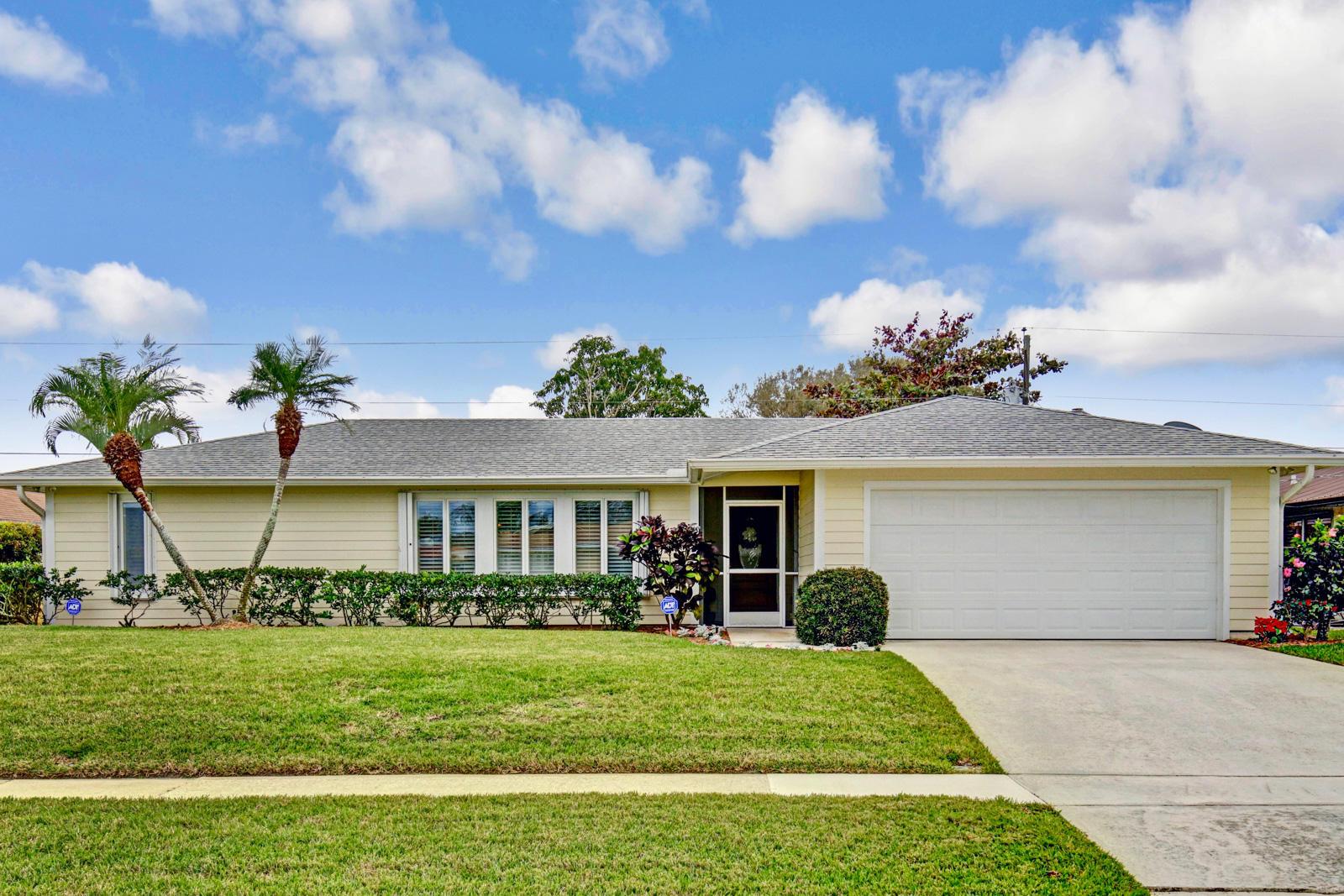 4168 Russell Street - Tequesta, Florida
