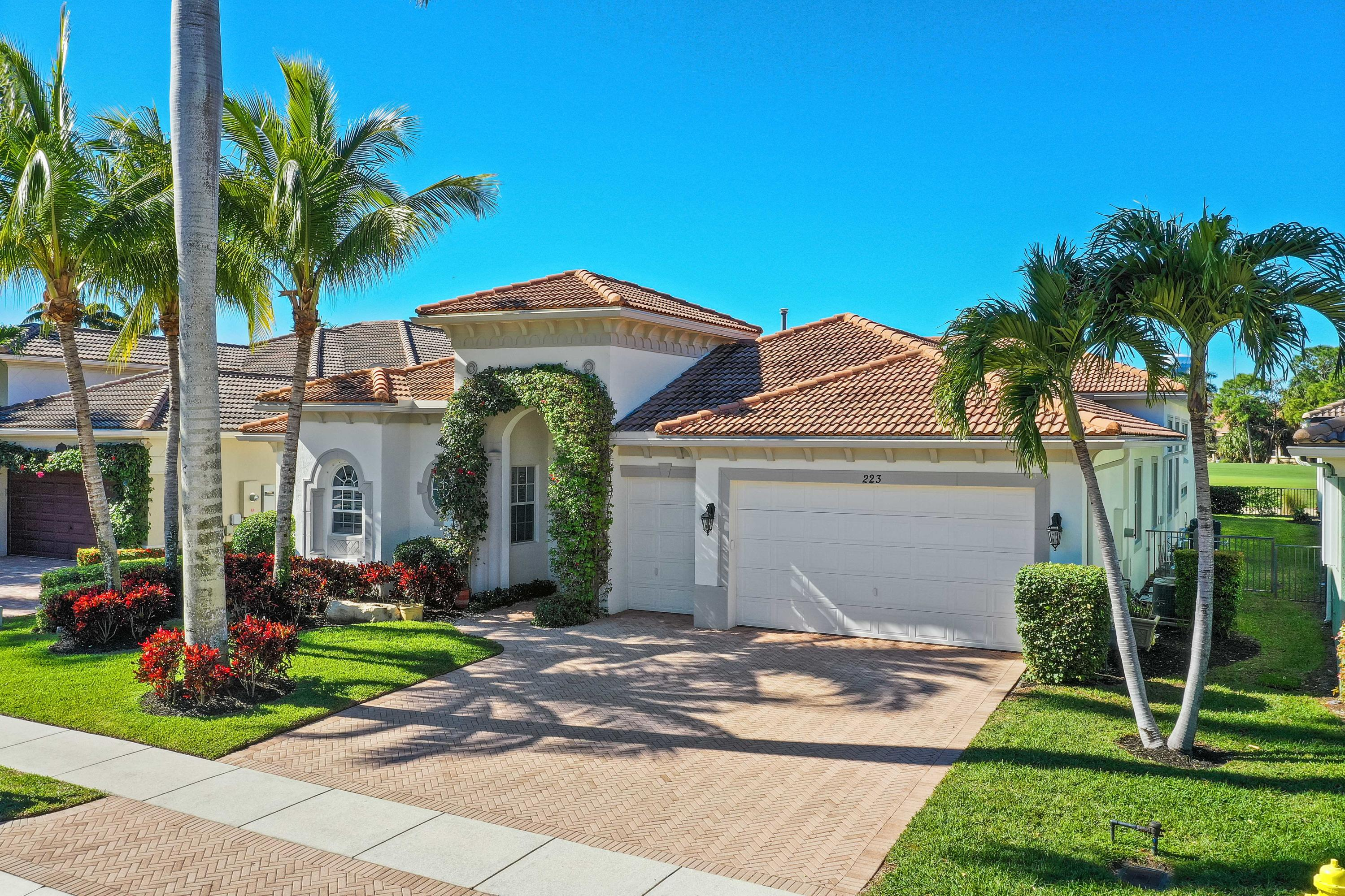 223 Montant Drive, Palm Beach Gardens, Florida 33410, 4 Bedrooms Bedrooms, ,3.1 BathroomsBathrooms,A,Single family,Montant,RX-10501145