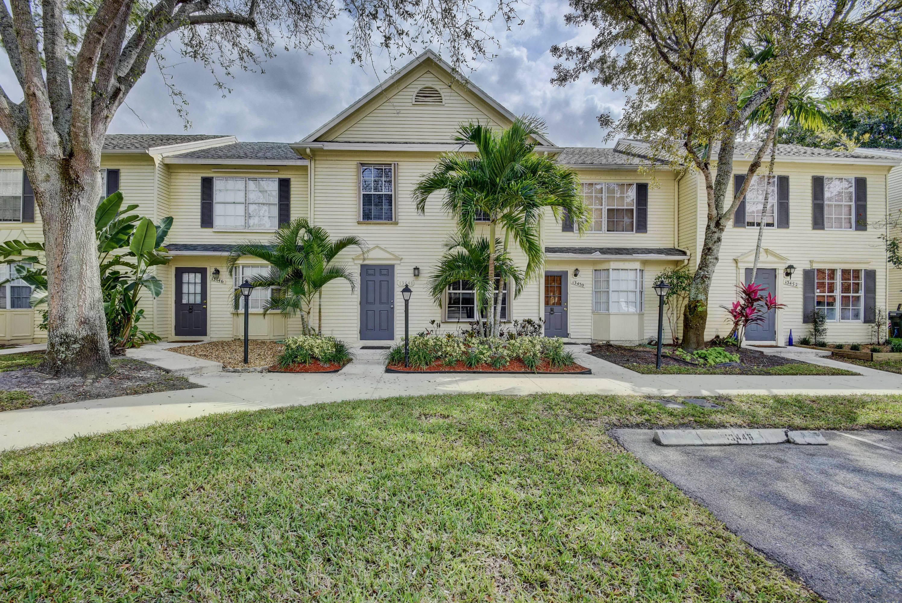 Home for sale in GEORGIAN COURTS AT WELLINGTON Wellington Florida