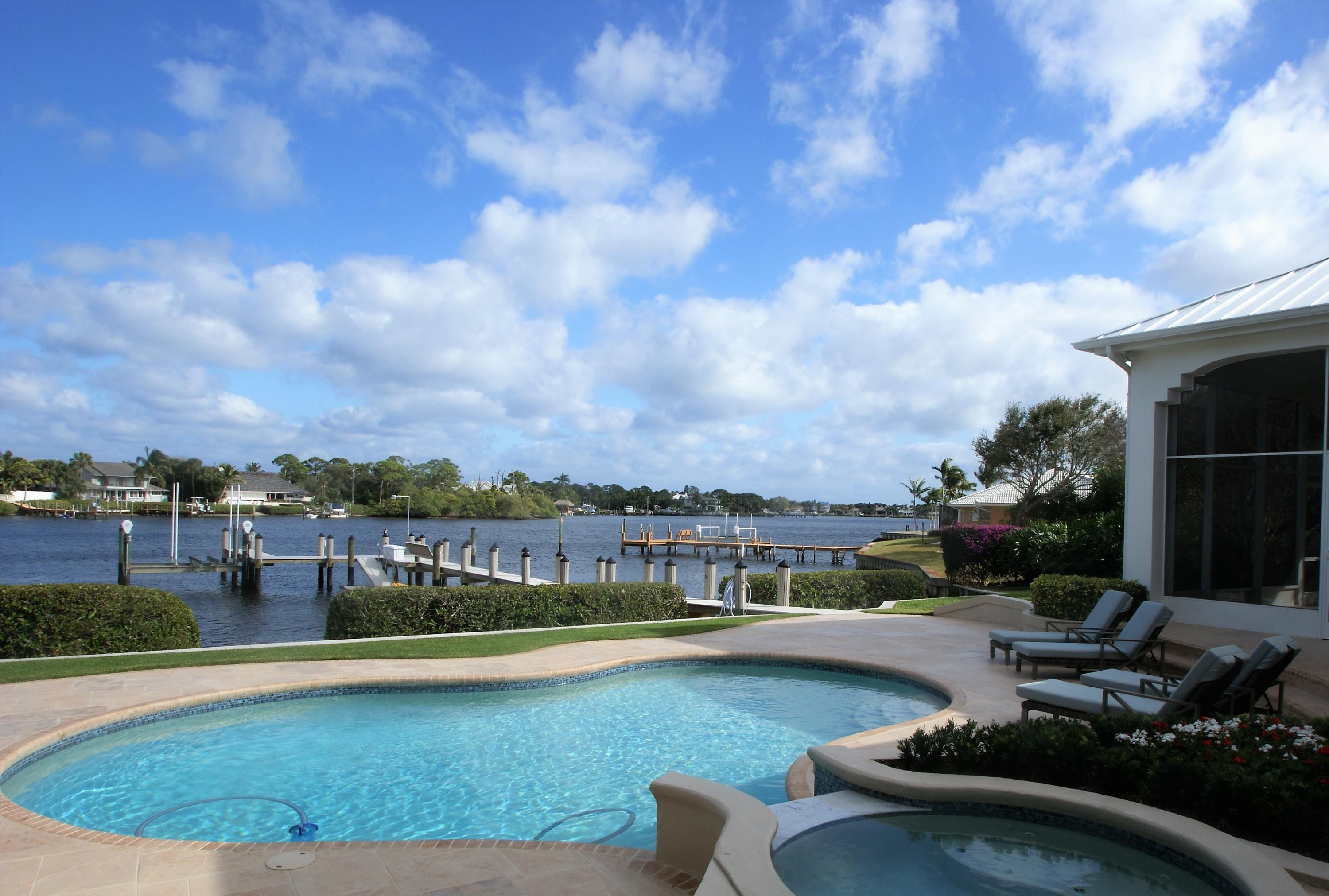 New Home for sale at 4 Eastwinds Circle in Tequesta