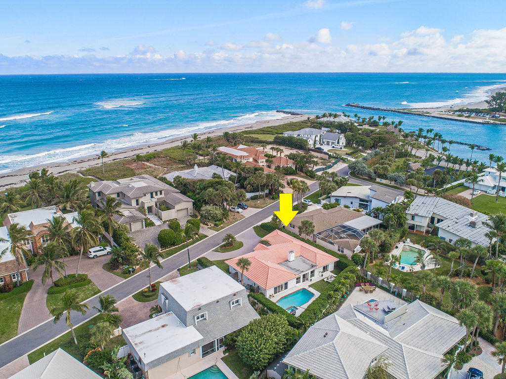 New Home for sale at 27 Ocean Drive in Jupiter Inlet Colony