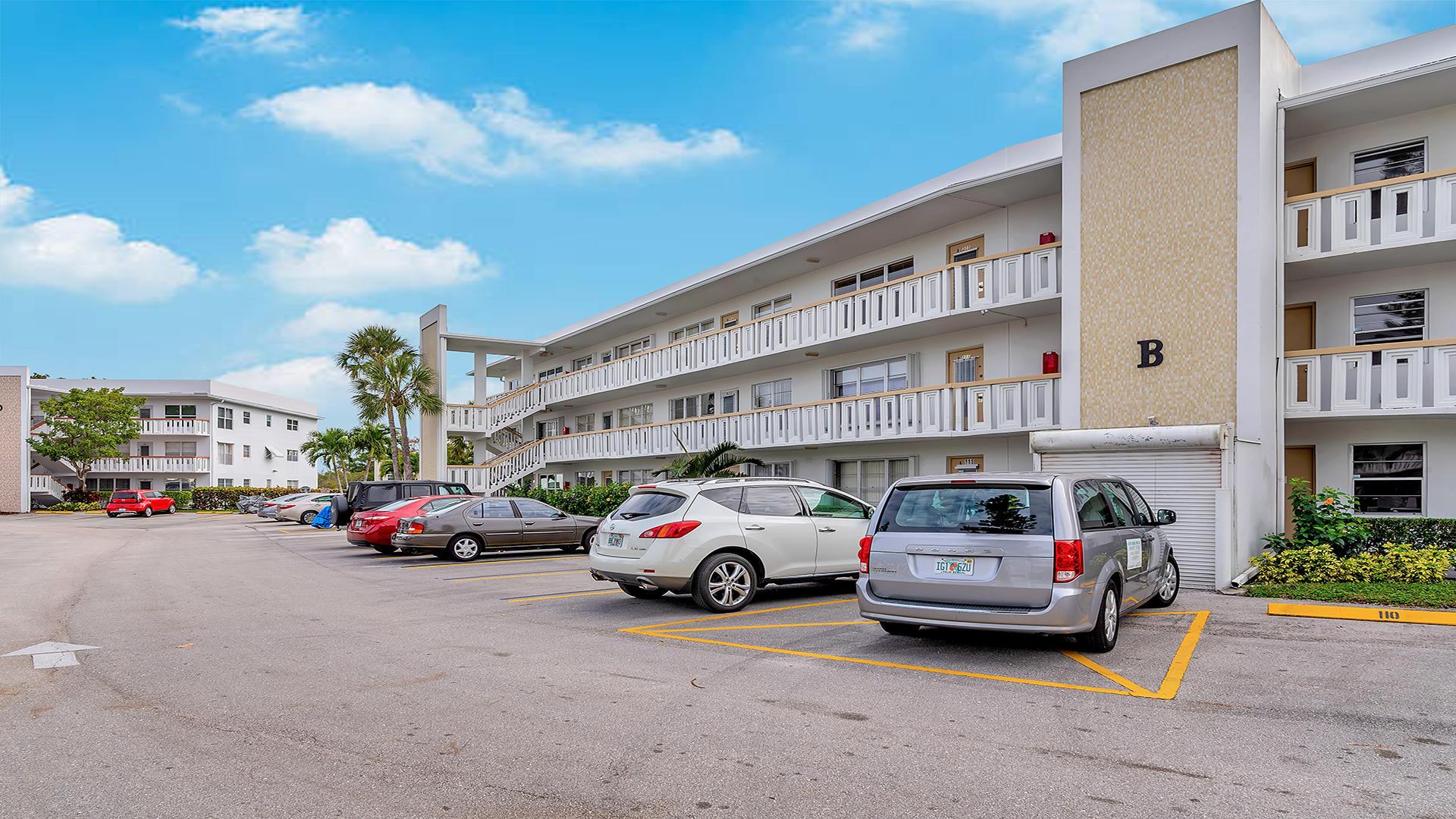 112 Wellington B West Palm Beach, FL 33417 photo 20