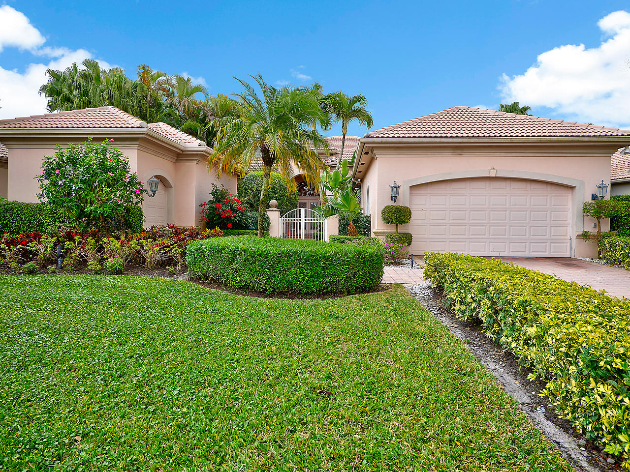 149 Vintage Isle Lane, Palm Beach Gardens, Florida 33418, 3 Bedrooms Bedrooms, ,5 BathroomsBathrooms,A,Single family,Vintage Isle,RX-10499362