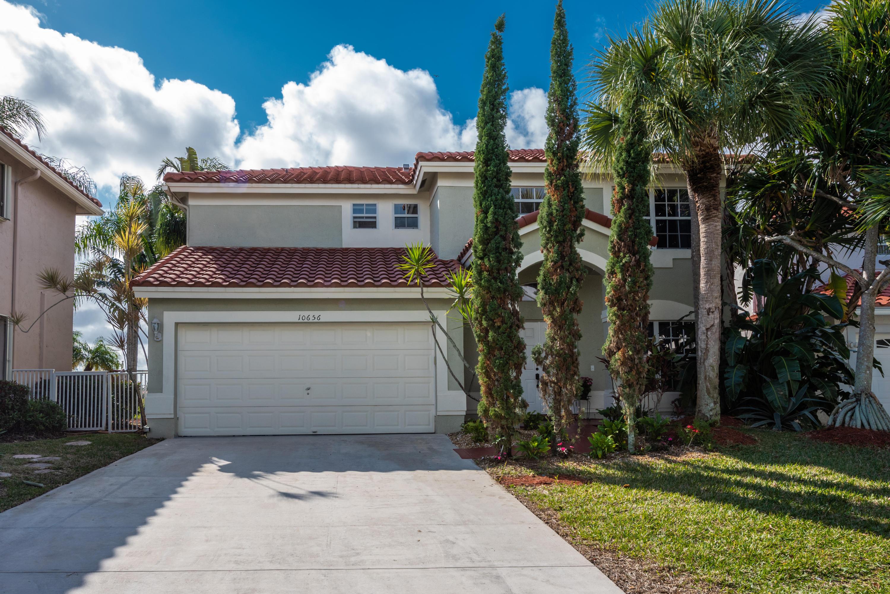 10656 Oak Lake Way  Boca Raton, FL 33498