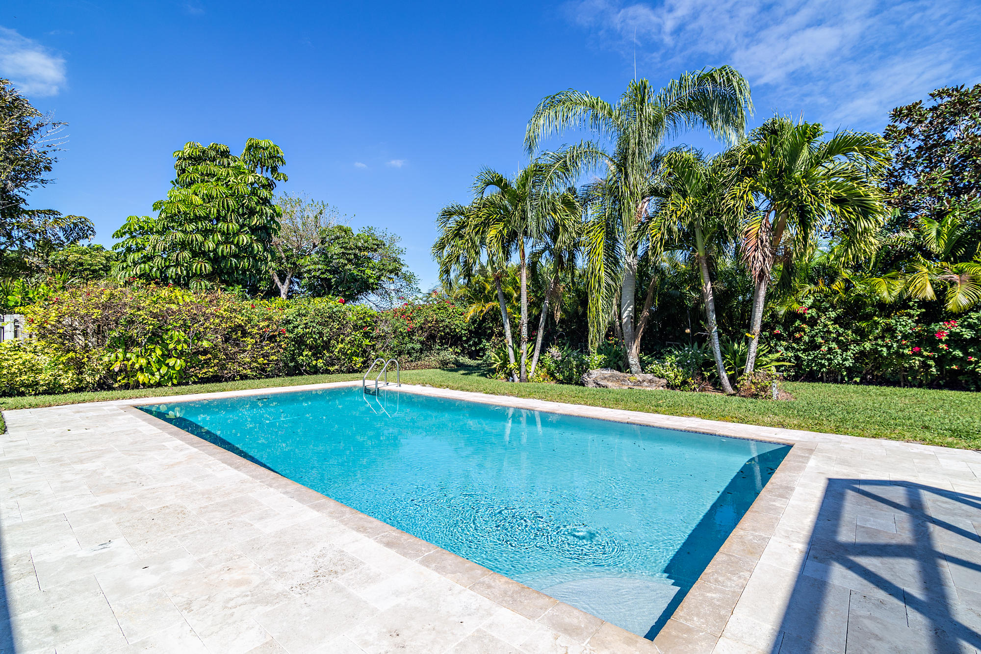 PRESIDENT COUNTRY CLUB WEST PALM BEACH REAL ESTATE