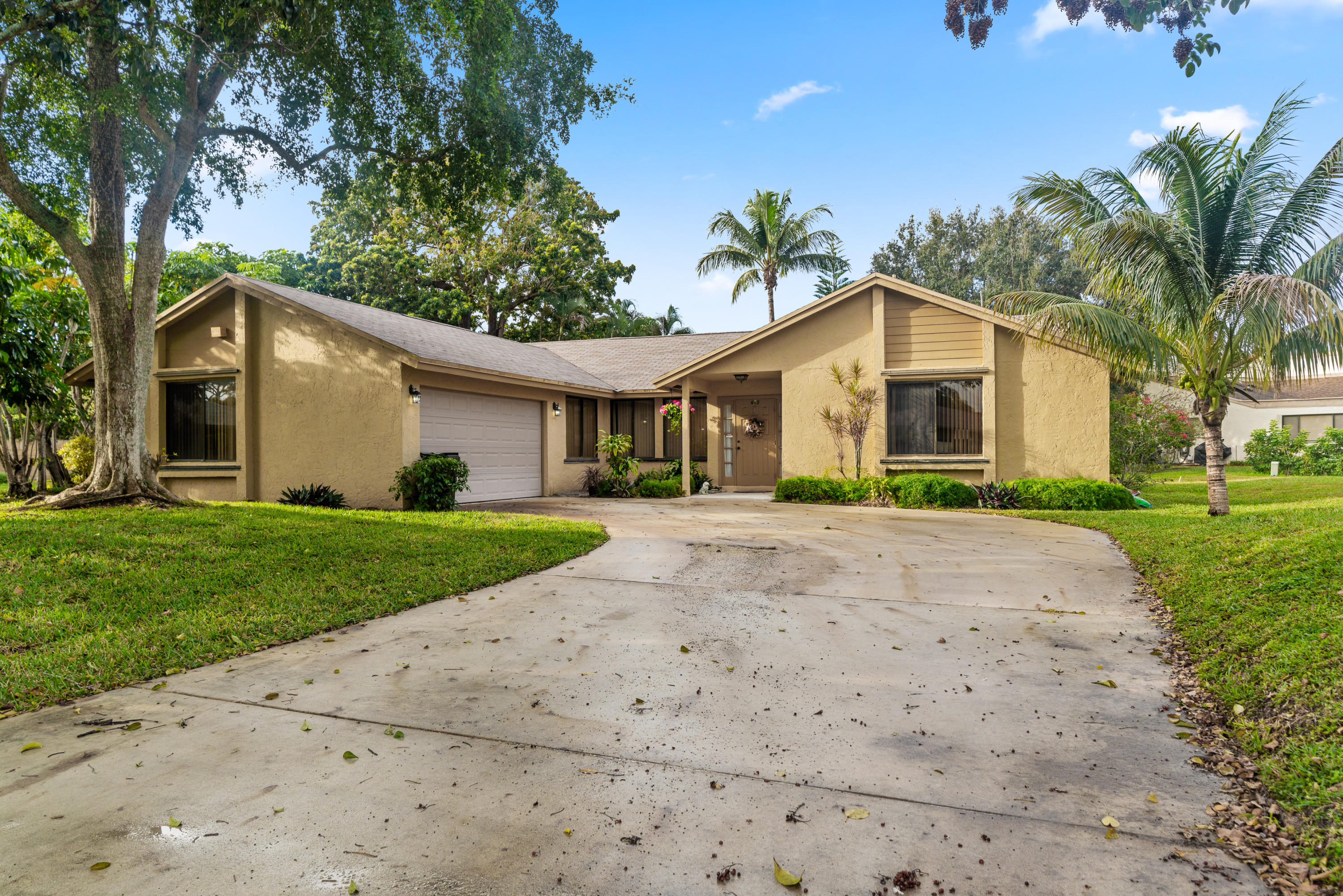 724 NW 24th Avenue  Delray Beach, FL 33445