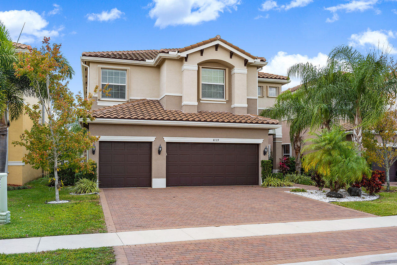 8139 Santalo Cove Court Boynton Beach, FL 33473