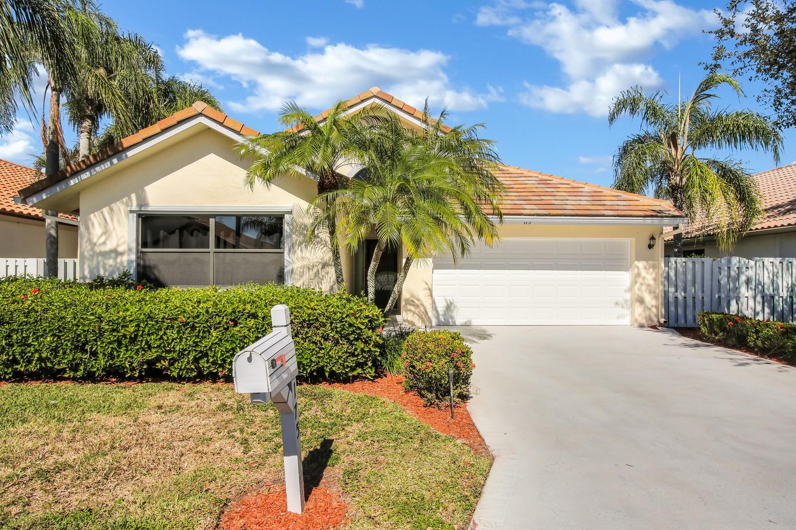 175 Executive Circle Boynton Beach, FL 33436