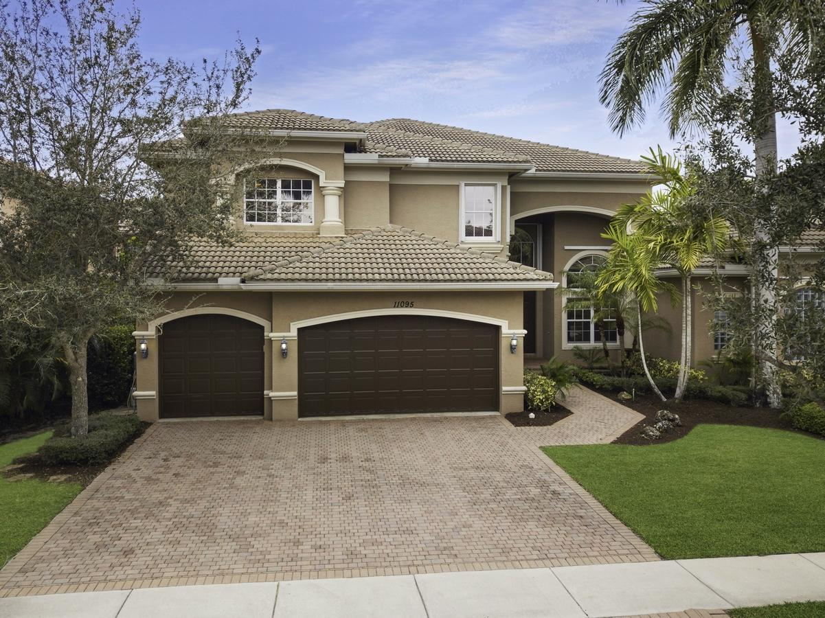 11095 Stonewood Forest Trail Boynton Beach, FL 33473 photo 2