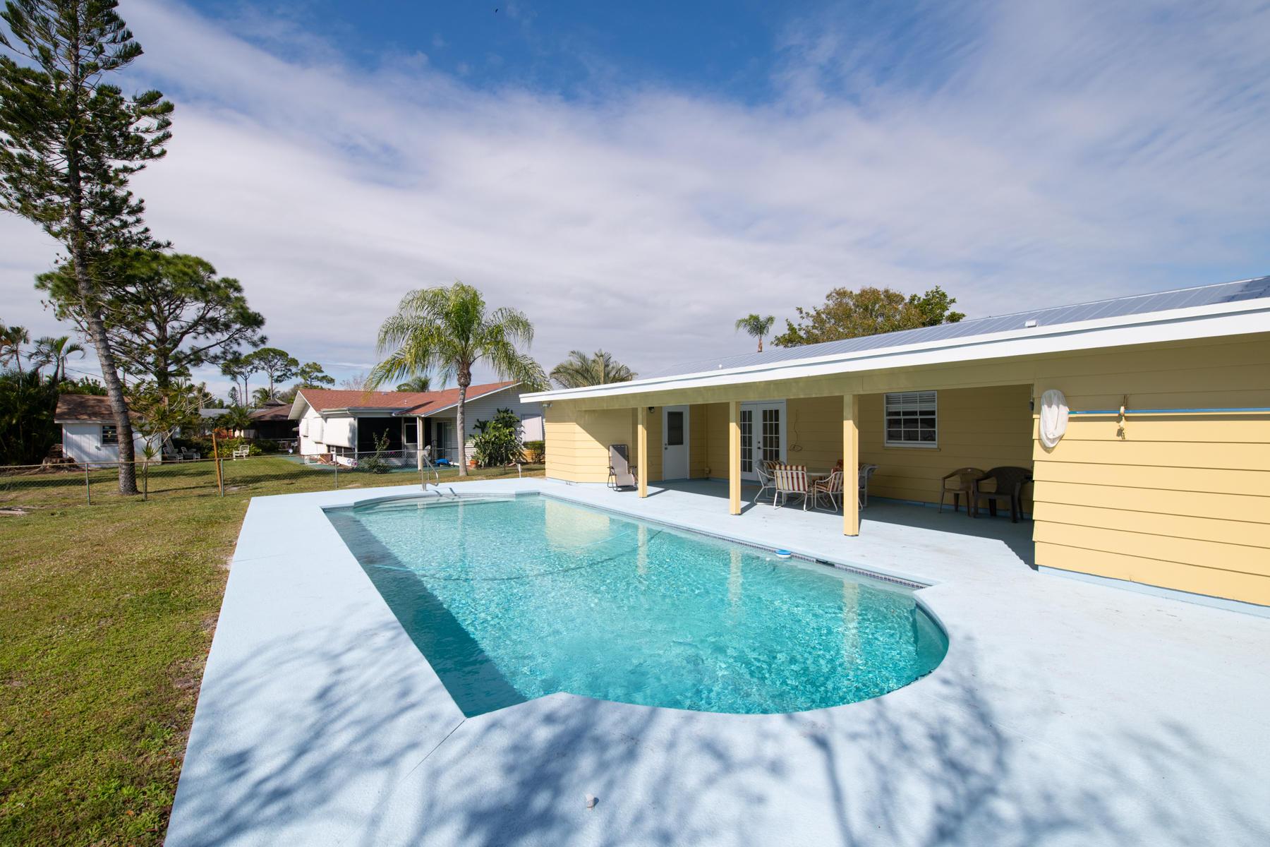 Port Saint Lucie Homes for Sale -  Pool,  2492 SE Pinero Road