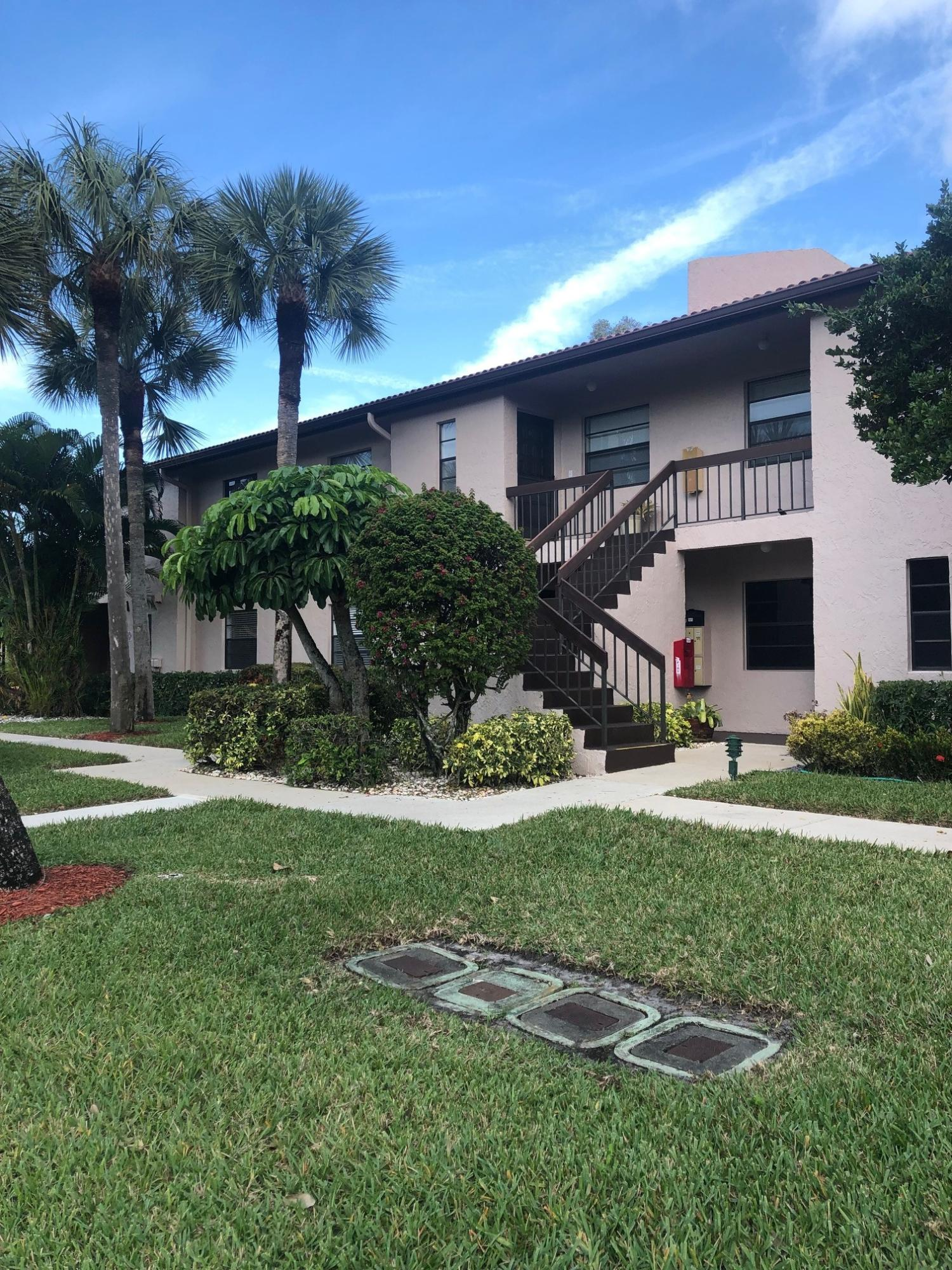 21553 Cypress Hammock Drive Boca Raton FL 33428 - photo 2