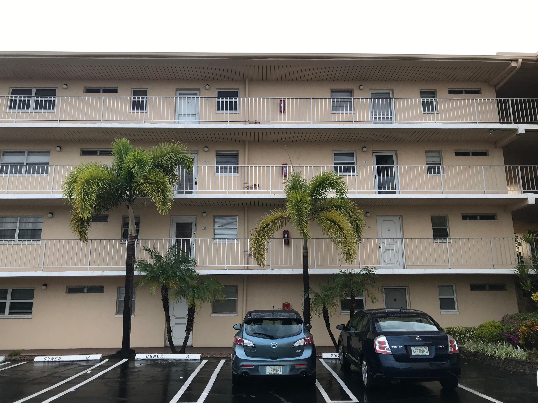 VILLAGE ROYALE GREENTREE CONDO home 2515 NE 2nd Court Boynton Beach FL 33435