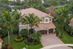 Property for sale at 8811 Goldenwood Lake Court, Boynton Beach,  Florida 33473
