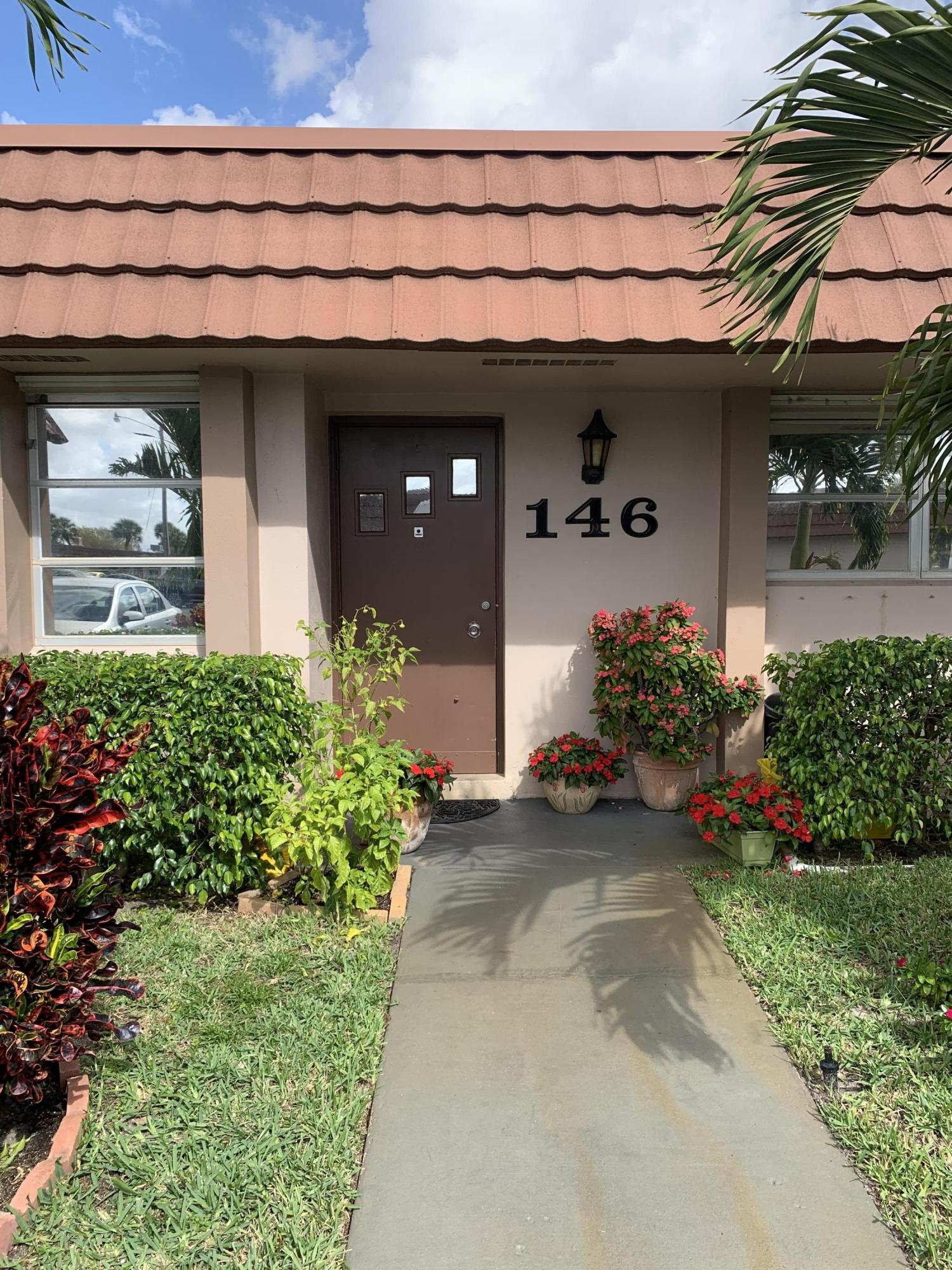 Home for sale in CRESTHAVEN CONDO TOWNHOMES SEC 2 West Palm Beach Florida