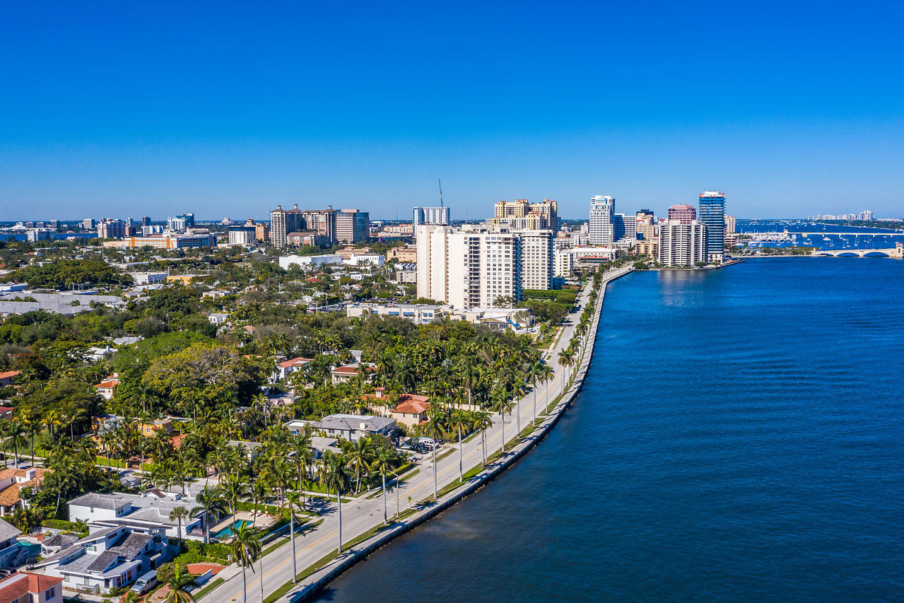 2121 S Flagler Drive West Palm Beach, FL 33401 photo 4
