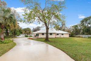 1840 SW Crane Creek Avenue , Palm City FL 34990 is listed for sale as MLS Listing RX-10501589 33 photos