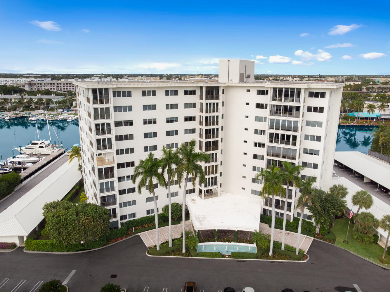 86 Macfarlane Drive 9g  Delray Beach, FL 33483