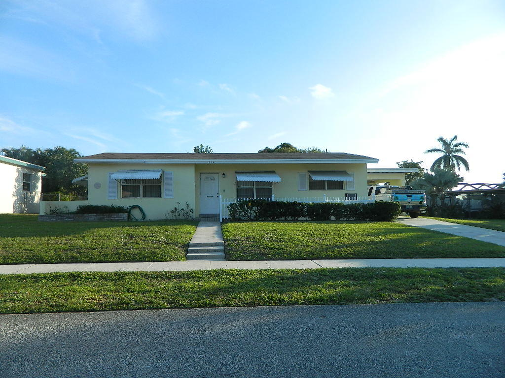 1411 Lake Placid Drive Lake Worth, FL 33461