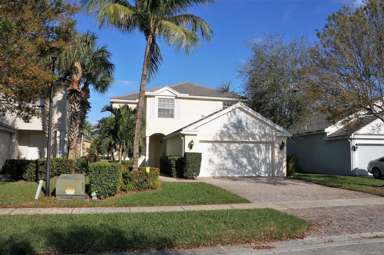 120 Kensington Way Royal Palm Beach, FL 33414
