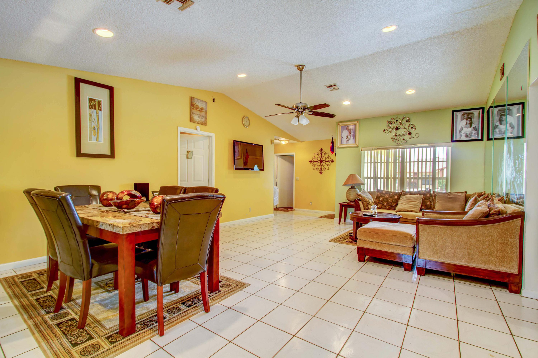 5878 Lincoln Circle Lake Worth, FL 33463 photo 7