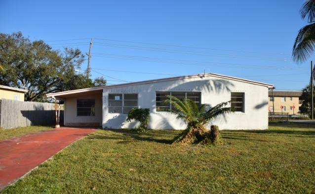 3204 French Avenue Lake Worth, FL 33461