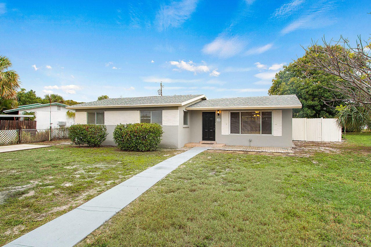 650 SW 2nd Avenue, Boynton Beach in Palm Beach County, FL 33426 Home for Sale