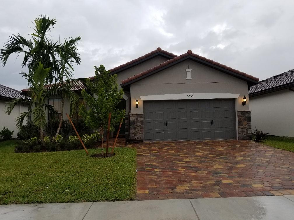 8202 Hanoverian Drive Lake Worth, FL 33467