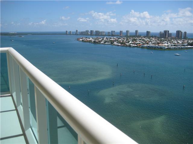 2640 Lake Shore Drive 1116, Riviera Beach, Florida 33404, 3 Bedrooms Bedrooms, ,3 BathroomsBathrooms,A,Condominium,Lake Shore,RX-10502060