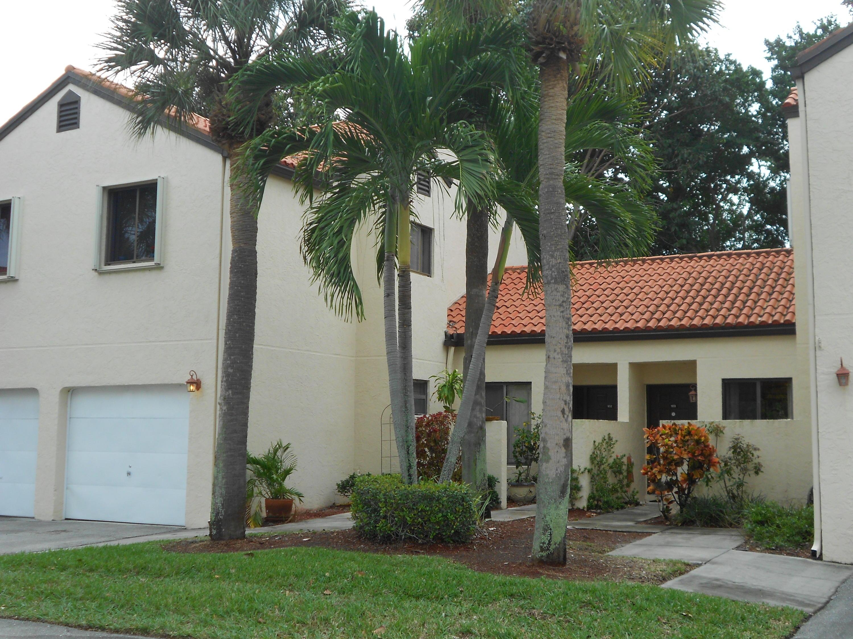 17 Via De Casas Sur 103 Boynton Beach, FL 33426