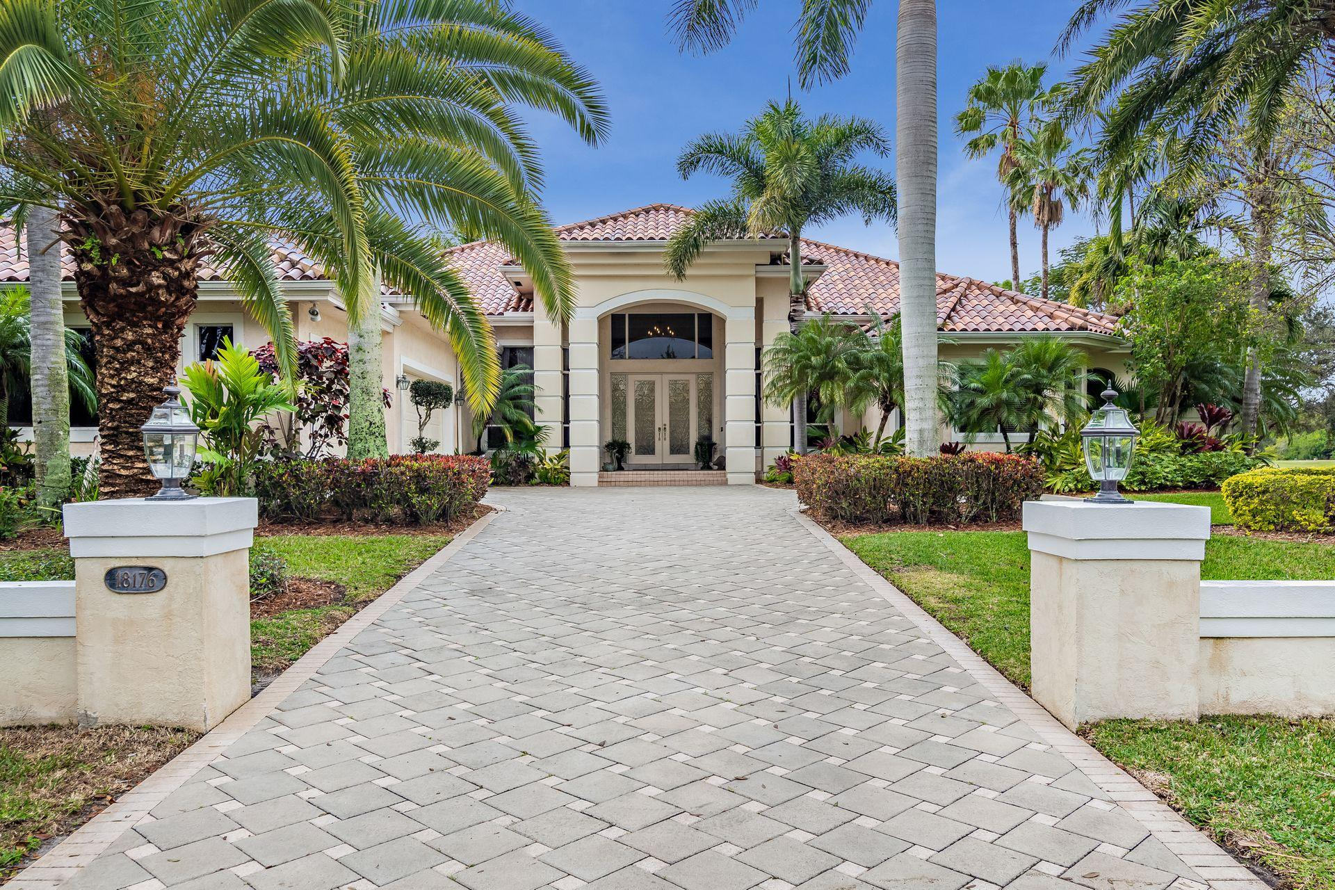 Photo of 18176 SE Old Trail Drive E, Jupiter, FL 33478