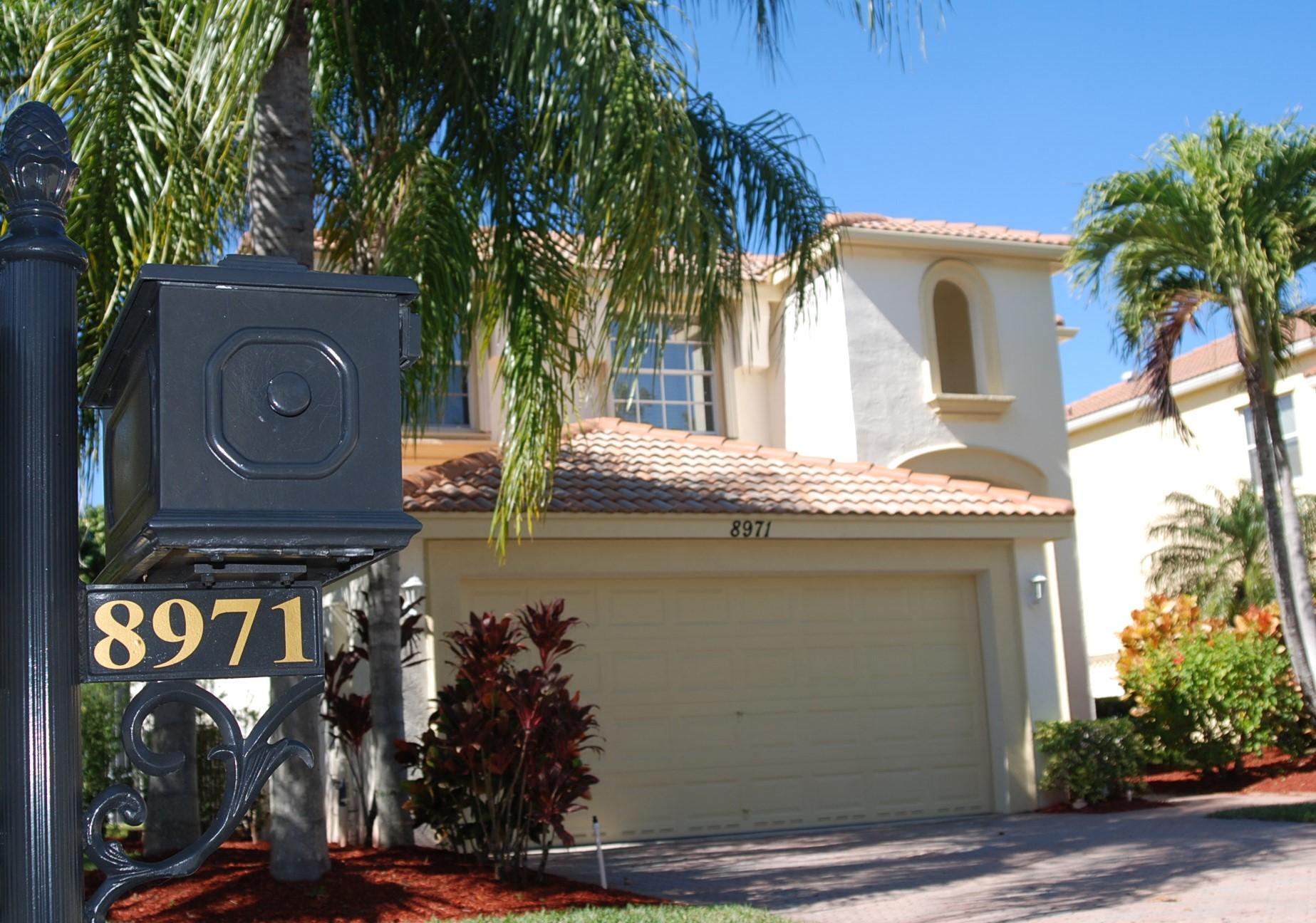 8971 Alexandra Circle Wellington, FL 33414