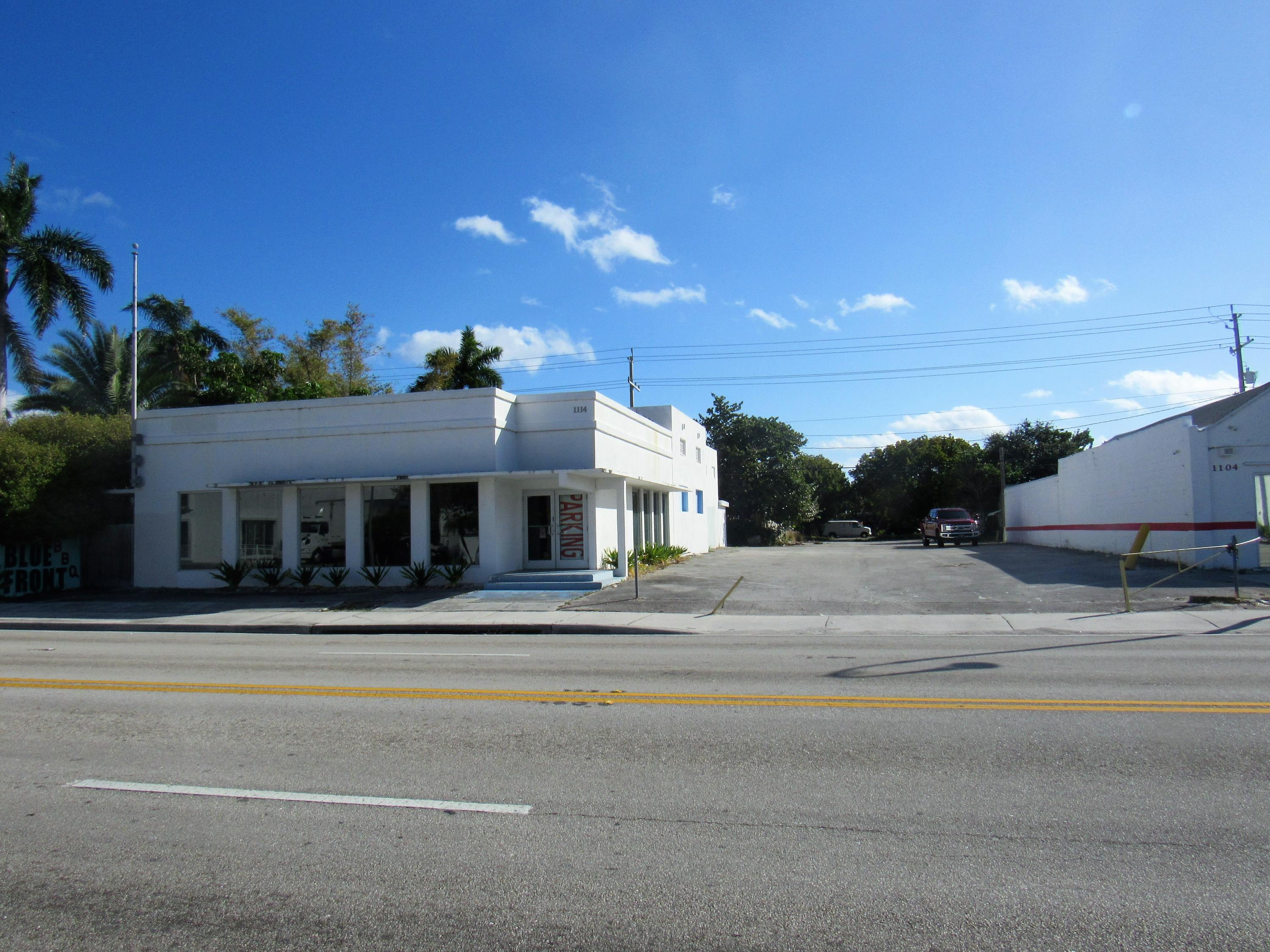 1114 N Dixie Highway Lake Worth, FL 33460 photo 2