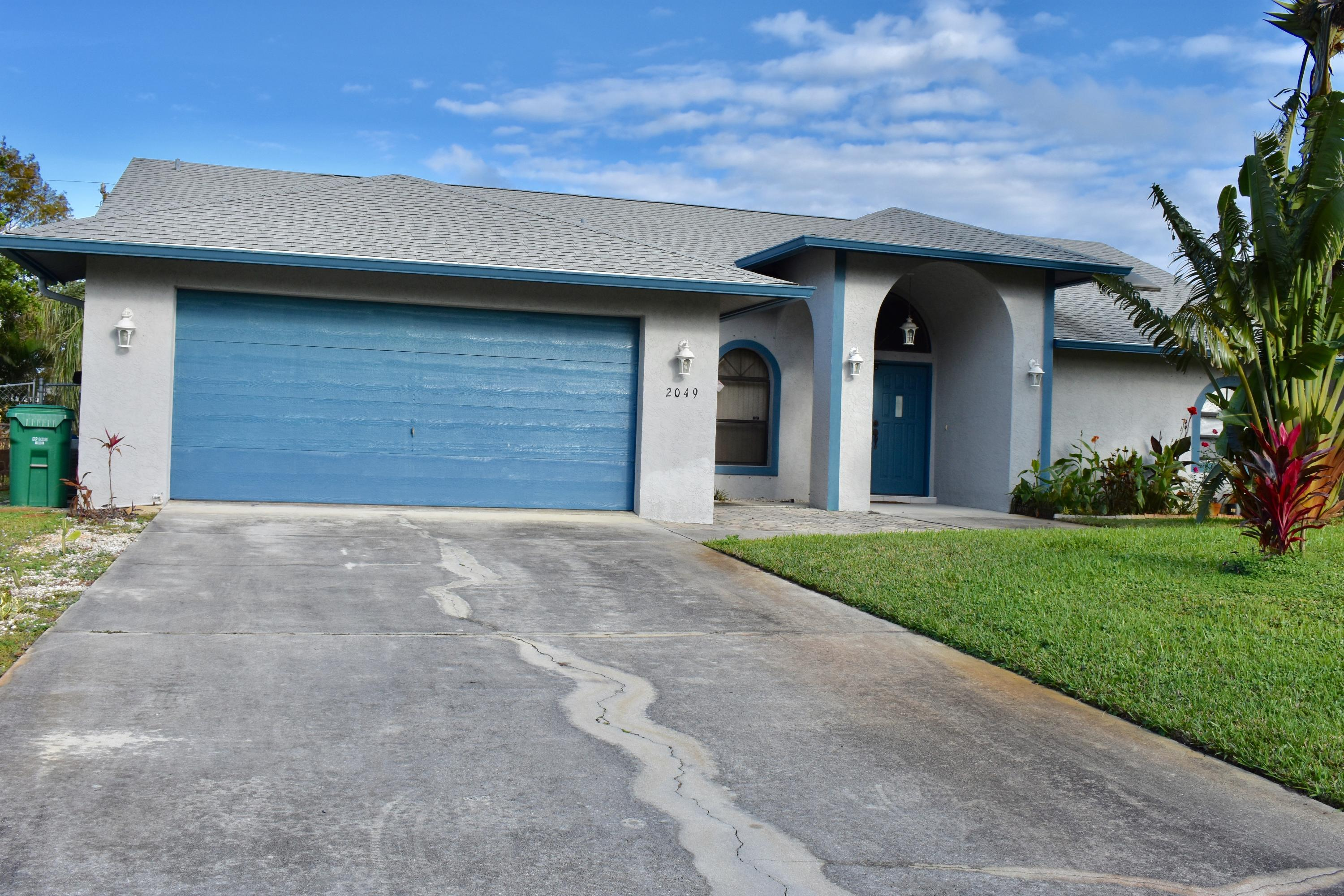 2049 SW Trenton Lane, Port Saint Lucie, Florida