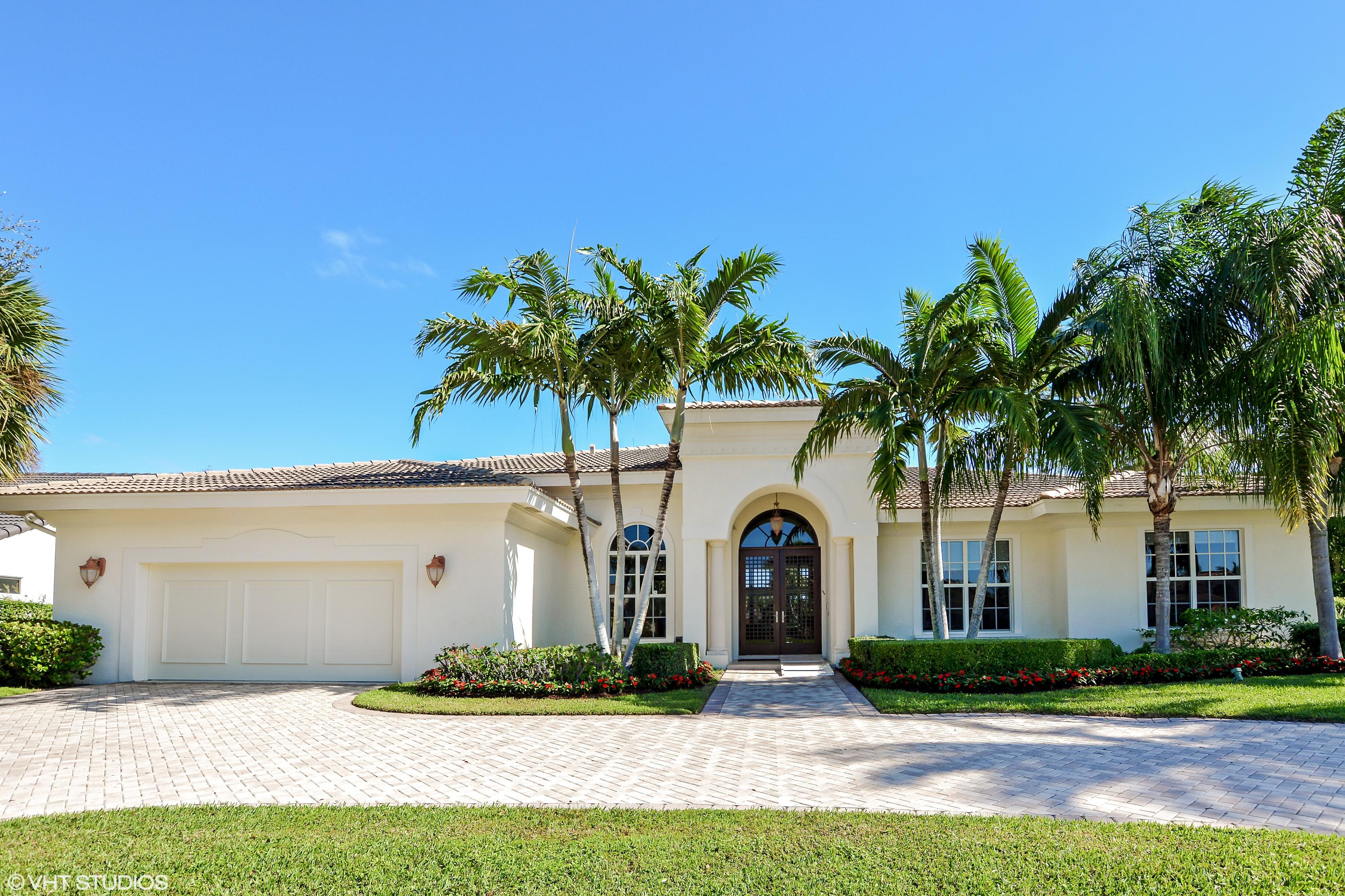 16672 Ironwood Drive  Delray Beach, FL 33445