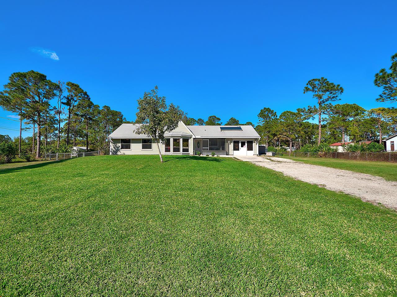 11095 62nd Lane West Palm Beach, FL 33412