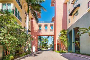 Property for sale at 235 NE 1st Street Unit: 512, Delray Beach,  Florida 33444