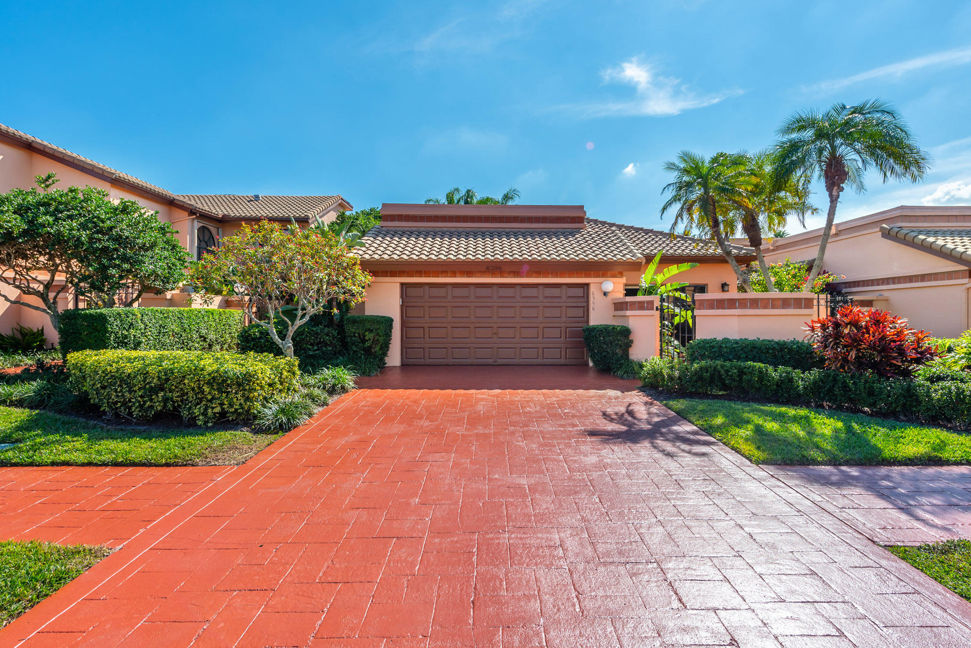 Photo of home for sale at 6398 Via Rosa, Boca Raton FL