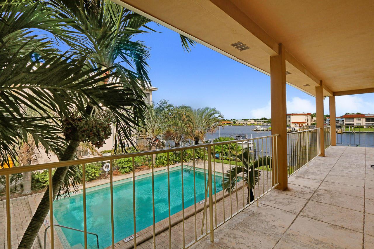 308 Northlake Drive 5, North Palm Beach, Florida 33408, 2 Bedrooms Bedrooms, ,1 BathroomBathrooms,F,Condominium,Northlake,RX-10502984