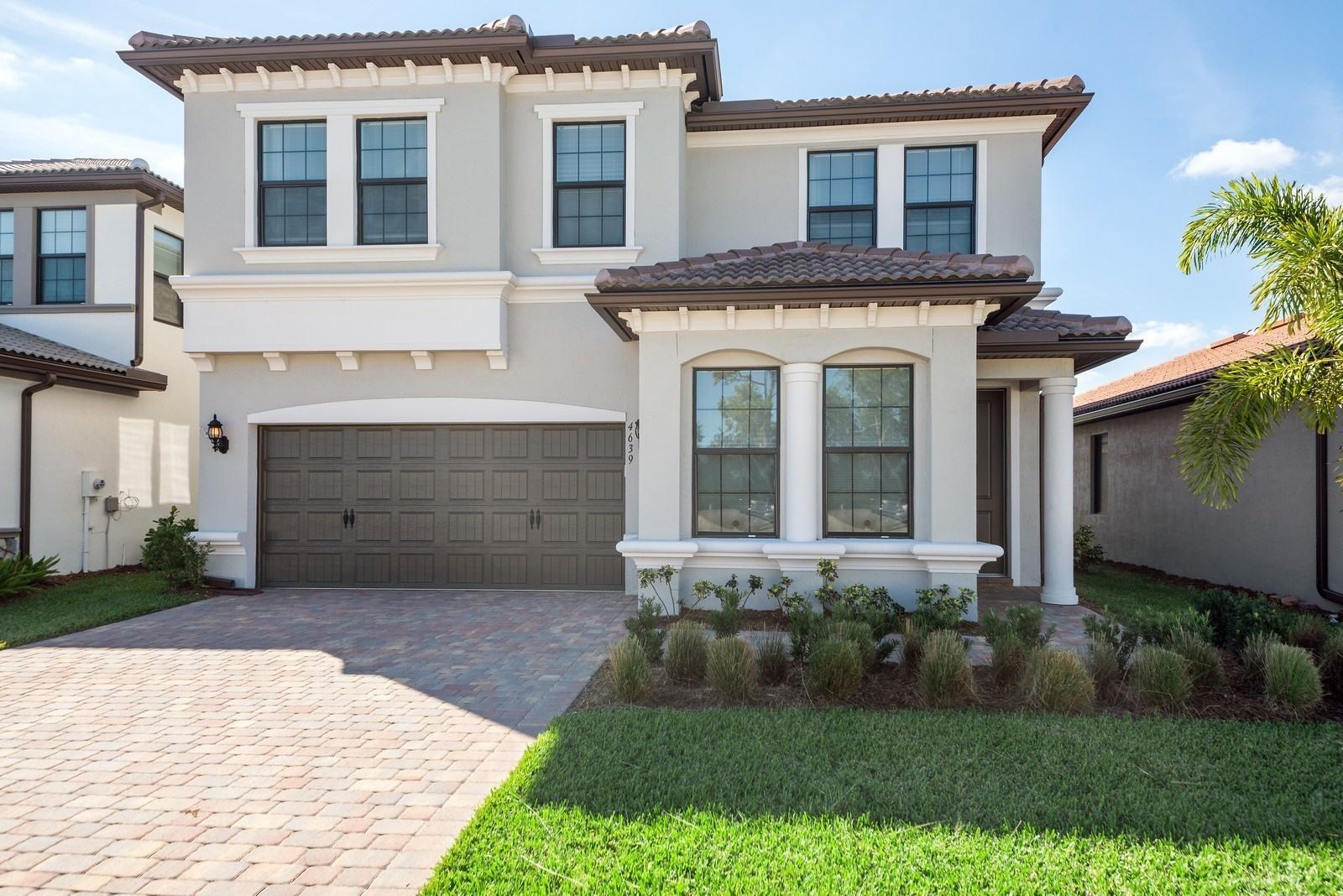4639 San Fratello Circle Lake Worth, FL 33467