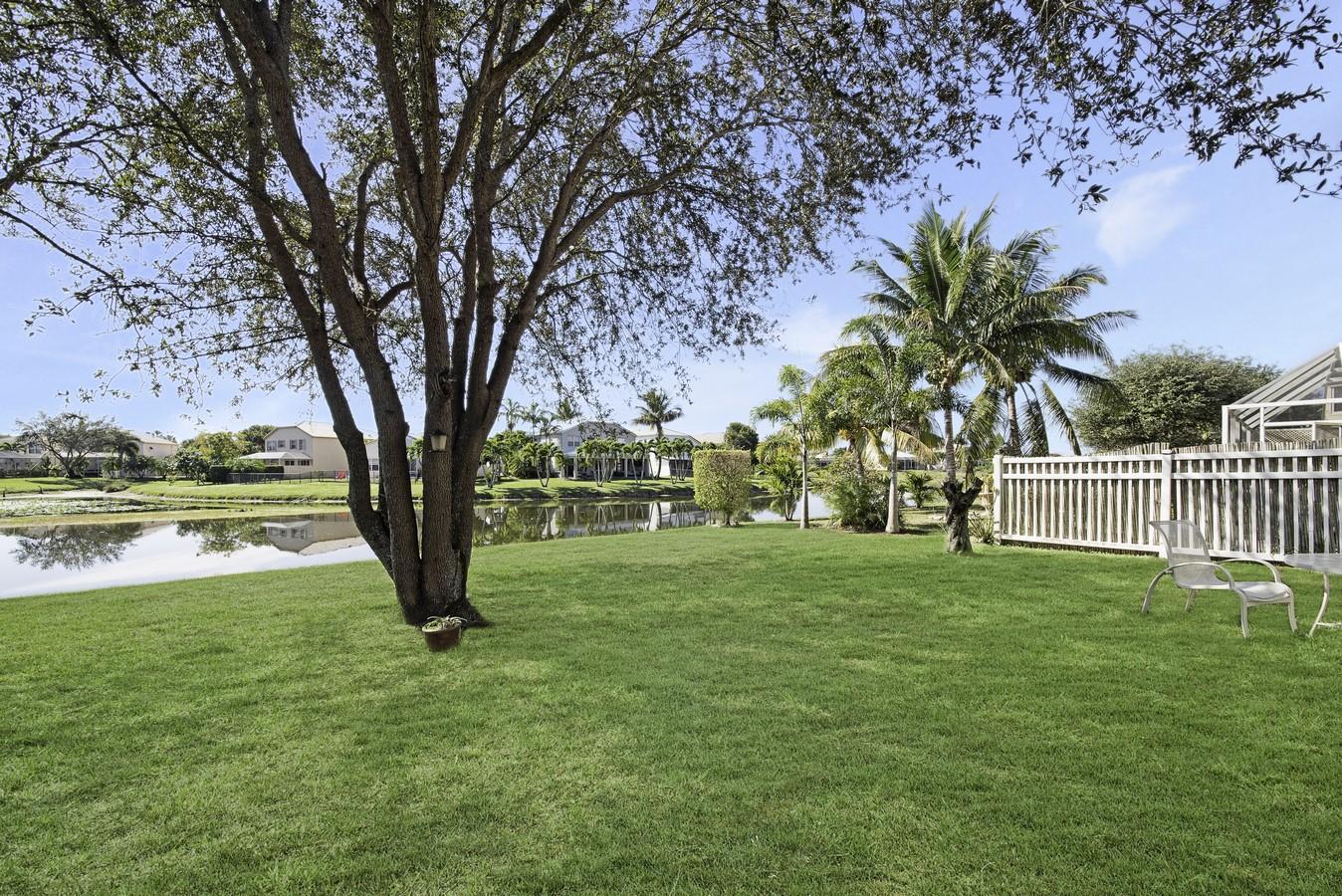 7698 Oak Grove Circle Lake Worth, FL 33467 photo 26
