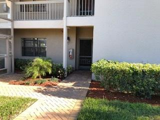 Photo of home for sale at 55 Eastgate Drive, Boynton Beach FL