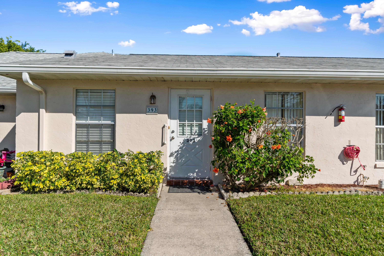 Photo of home for sale at 393 Bennington Lane, Lake Worth FL