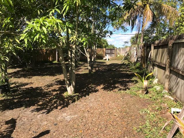 5564 Barnstead Circle Lake Worth, FL 33463 photo 4