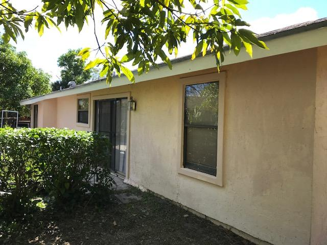 5564 Barnstead Circle Lake Worth, FL 33463 photo 6