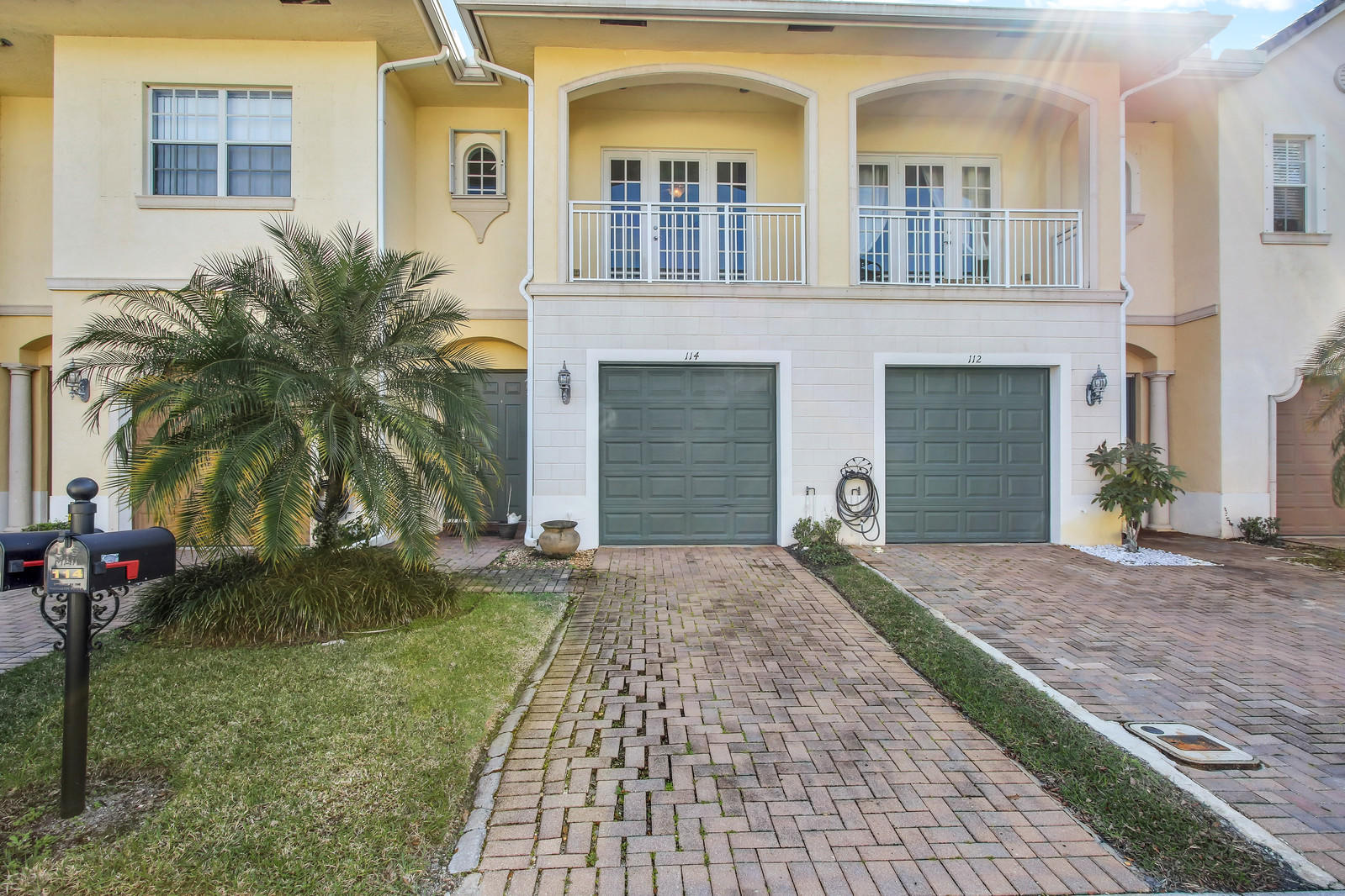 114 Via Aurelia Royal Palm Beach, FL 33411
