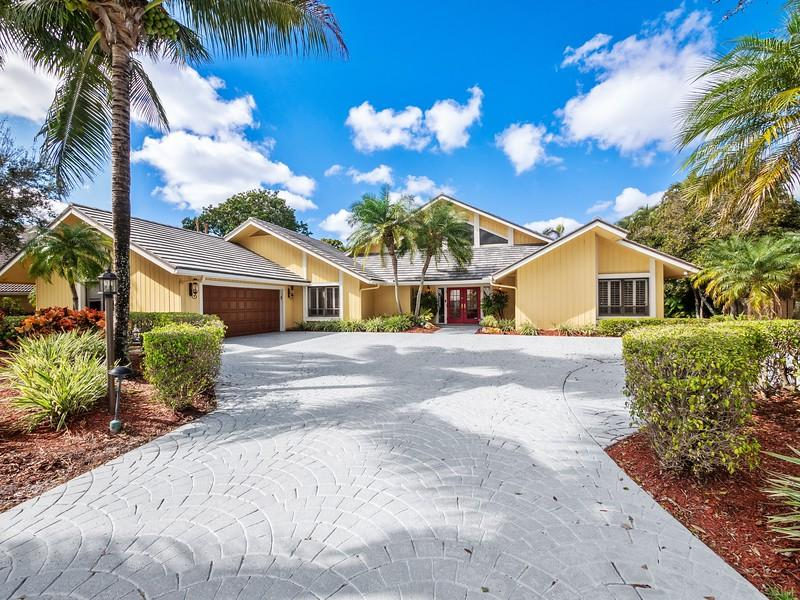 3 Banchory Court, Palm Beach Gardens, Florida 33418, 6 Bedrooms Bedrooms, ,5.1 BathroomsBathrooms,A,Single family,Banchory,RX-10499923